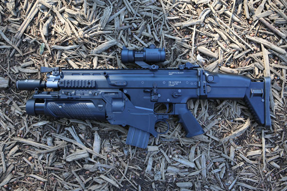 SG-FASHION-SNAP.COM_g007 Scar-L CQC