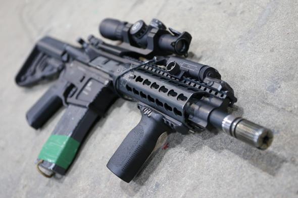 エアガン, サバゲー, 装備, サバイバルゲーム, 格好, ファッション, 服装,KWA x PTS Mega Arms MKM AR15, MAGPUL,LEUPOLD,台湾