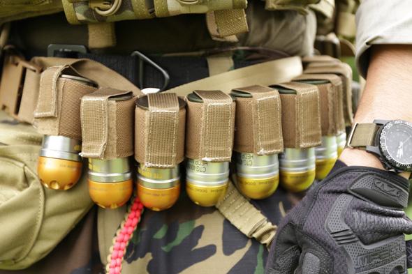 グレネード弾,サバゲー,装備,サバイバルゲーム,格好,ファッション,服装