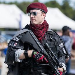 sg_fashion_snap_ro1023-03_peace-combat-games-1
