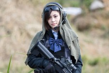 sg_fashion_snap_RO1023_PEACE-COMBAT-GAMES-Saya
