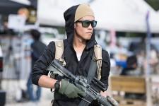 sg_fashion_snap_RO1023-07_PEACE-COMBAT-GAMES