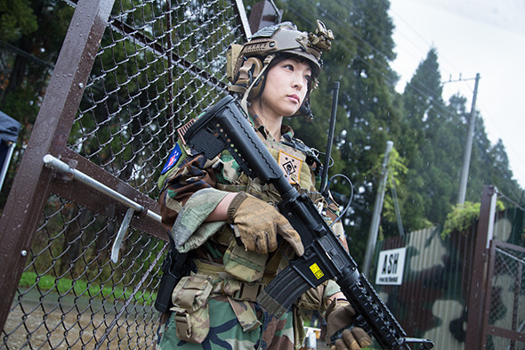 sg_fashion_snap_NA0409-05-MARSOC-8